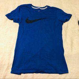 Nike small workout t